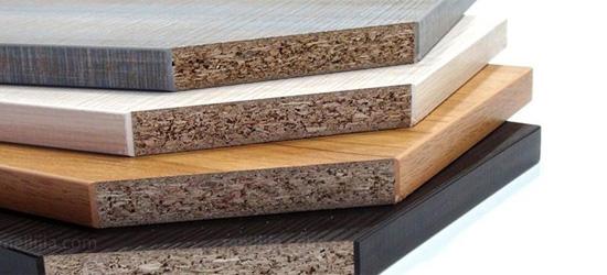 定制橱柜是颗粒板还是多层板好呢?